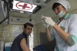 Пункты вакцинации от гриппа установят возле станций столичной подземки с 4 сентября. Фото: «Вечерняя Москва»