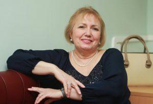 Посетители центра соцобслуживания «Арбат» побеседовали с юристом. Фото: Наталия Нечаева, «Вечерняя Москва»