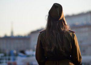 Постановку к годовщине военного парада покажут в Доме Лосева. Фото: Анна Быкова