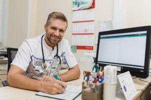 КСП подтвердила данные Депздрава о высокой обеспеченности Москвы врачами. Фото: Павел Волков, «Вечерняя Москва»