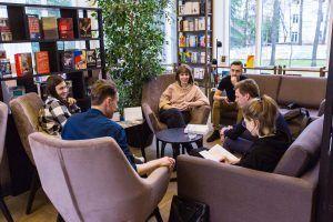 Сотрудники Дома Ильи Остроухова в Трубниках 12 апреля организуют «Книжный TALK». Фото: официальный сайт мэра Москвы