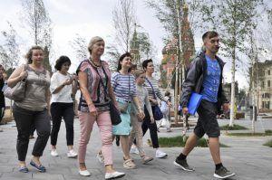 Сотрудники библиотеки имени Добролюбова пригласили горожан на экскурсию. Фото: Александр Кожохин, «Вечерняя Москва»