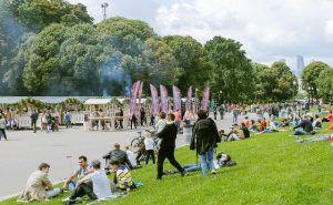 Около 12,5 тысяч порций шашлыка съели гости фестиваля в Парке Горького. Фото: официальный сайт мэра Москвы