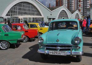 Автомобили Сталина и Николая II увидят посетители ВДНХ 10 и 11 августа. Фото: Александр Кожохин, «Вечерняя Москва»