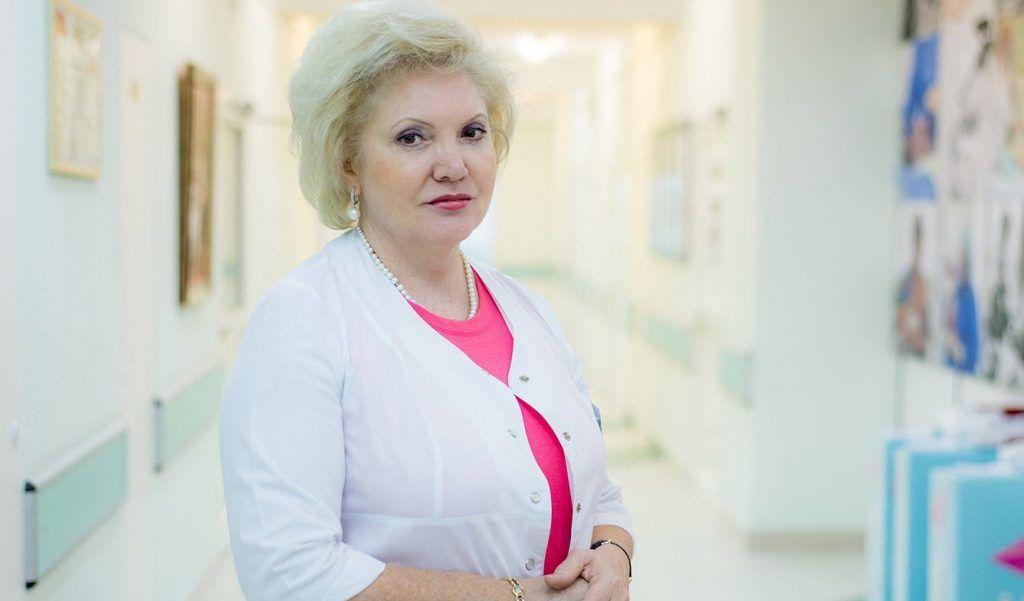 Депутат Мосгордумы Шарапова поблагодарила своих коллег-медиков за совместную работу. Фото: сайт мэра Москвы