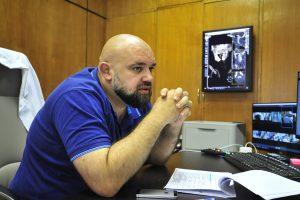 Главный врач медицинского центра в Коммунарке Денис Проценко