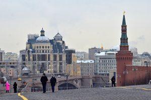 В новогоднюю ночь будет закрыт доступ на Красную площадь. Фото: Анна Быкова