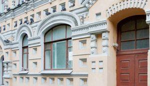 Порядка ста памятников архитектуры планируют отреставрировать в 2021 году в Москве. Фото: сайт мэра Москвы