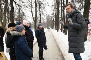 Жителей города пригласили на экскурсию по району. Фото: Алексей Орлов, «Вечерняя Москва»